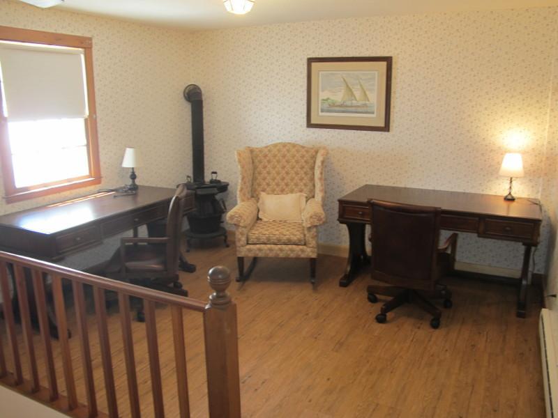 Офис в викторианском стиле