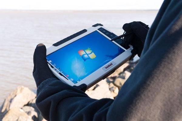 Планшет Handheld Algiz 10X с 10-дюймовым экраном рассчитан на суровые условия эксплуатации