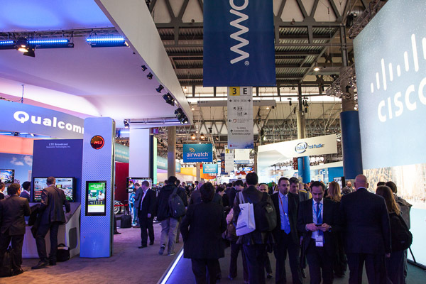 Почему Intel не уйдет с мобильного рынка