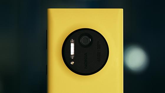 Почему Lumia 1020 провалится в России