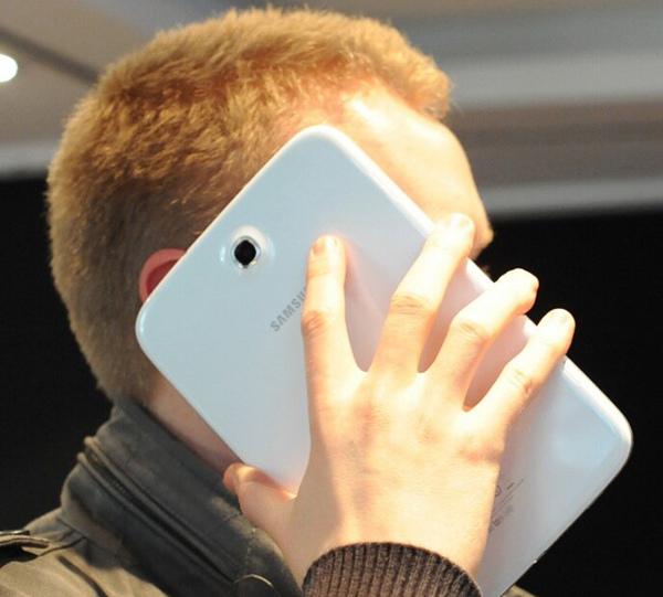 Почему нет смартфонов с физической клавиатурой Т9 или будьте вы прокляты, производители сенсорных кирпичей