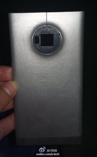 Возможно, что это корпус нового смартфона линейки Lumia или смартфона Nokia EOS 2