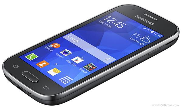 Продажи Samsung Galaxy Ace Style в кремовом и темно-сером вариантах по всему миру начнутся в этом месяце