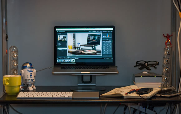 Рабочие места дизайнеров фрилансеров со всего мира