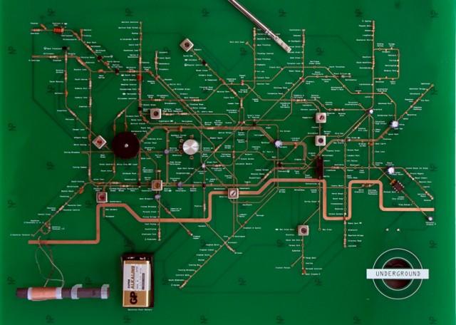 Радио в виде Лондонского метро