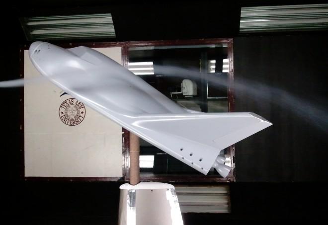 Ракета Grasshopper успешно взлетела на 250 м со смещением на 100 м