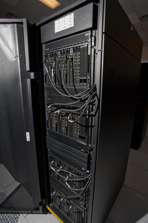Самый мощный суперкомпьютер 2009 года уступает место новому поколению