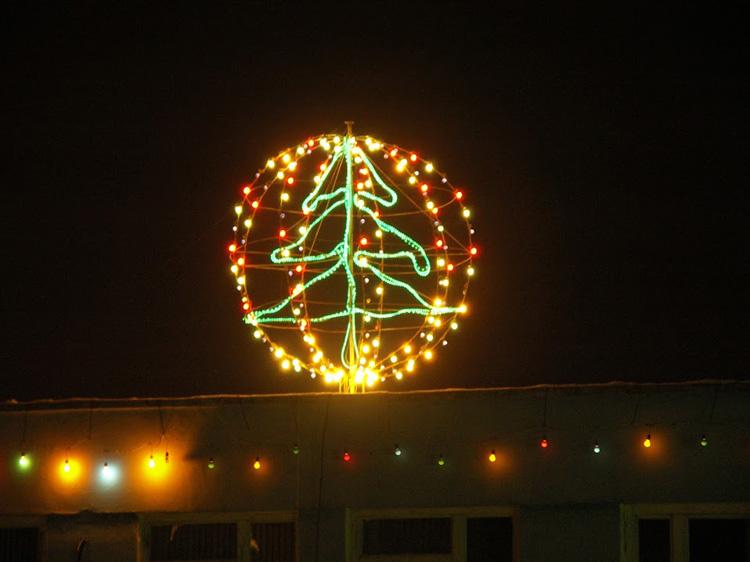 Сделай сам. Городская новогодняя елка