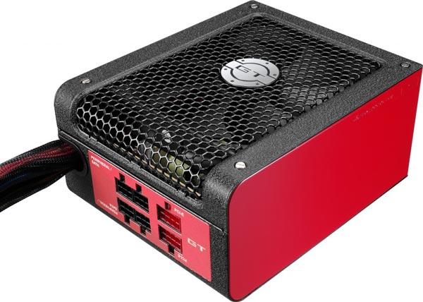 Серия блоков питания AeroCool GT включает модели мощностью до 1050 Вт