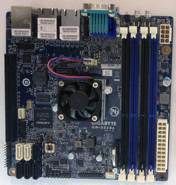 Плата Gigabyte GA-9SISL позиционируется как основа для сервера