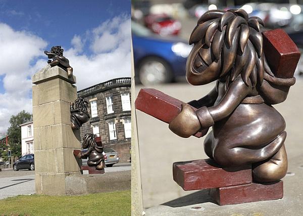 Скульптура леммингов от DMA Design открыта в городе Данди (Шотландия)