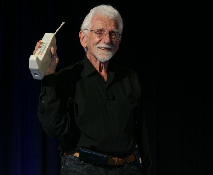 Сотовому телефону исполнилось 40 лет