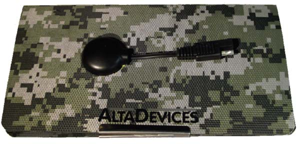 Солнечная батарея площадью с листок A4 и массой 115 г способна обеспечить питанием всю электронику американского пехотинца