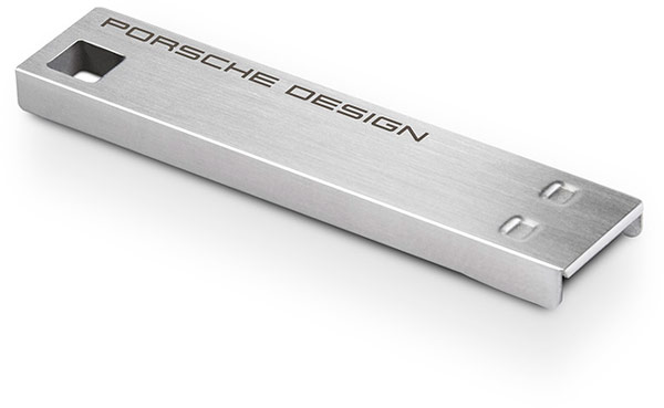 Младшая модель LaCie Porsche Design USB Key стоит $30, старшая — $50