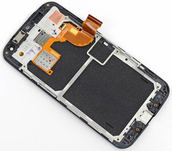 Ремонтопригодность смартфона Motorola Moto X оценена в семь баллов из десяти