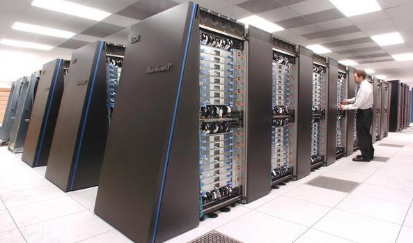 Суперкомпьютер IBM моделирует развитие Вселенной