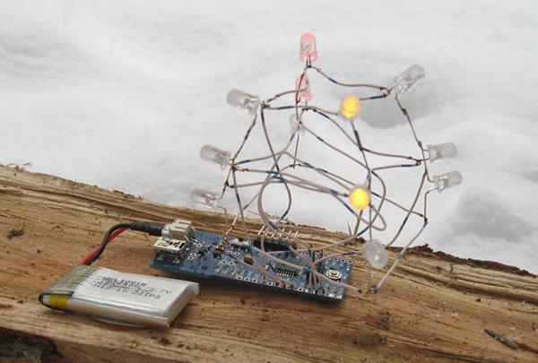 Светодиодная новогодняя елка на Arduino за один вечер