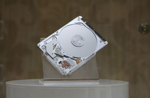 Специалисты Data Storage Institute создали один из самых тонких в мире гибридных накопителей