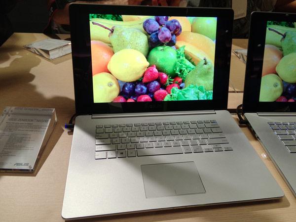 Производитель отмечает использование в дисплее Asus Zenbook NX500 технологии VisualMaster