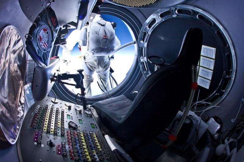 Трансляция прыжка с высоты 36 километров