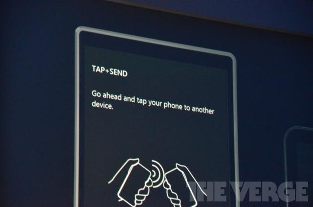Трансляция с Windows Phone Summit. Презентация Windows Phone 8