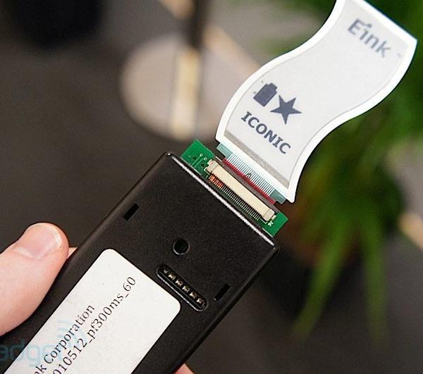 У E Ink готов прототип сверхтонкого и гибкого электрофоретического дисплея