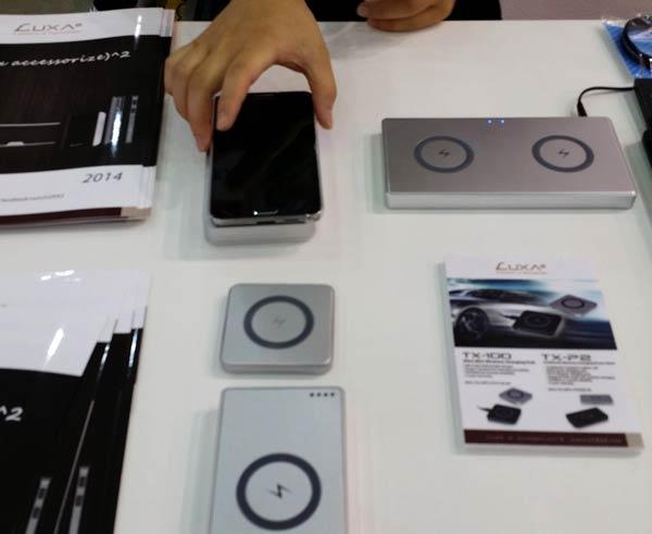 Зарядки TX-100 и TX-P2 входят в линейку мобильных аксессуаров, выпускаемых Thermaltake под маркой Luxa&sup2