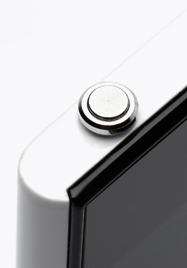 Устройство Xiaomi MiKey имеет вид аудиоштекера (плага), на конце которого расположена программируемая кнопка