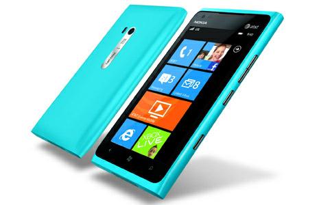 В Nokia Lumia 900 обнаружен баг, теперь смартфоны раздают бесплатно