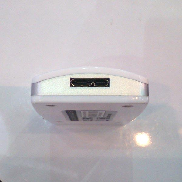 «Переходник USB 3.0 – HDMI» производства Afox поддерживает разрешения до 1920 х 1080 пикселей