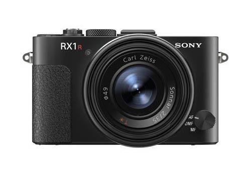 Цены, спецификации и первые изображения камер Sony RX1R и RX100MII появились накануне их официальной премьеры