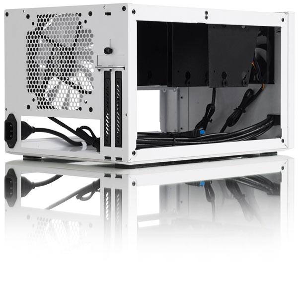 Корпус Fractal Design Node 304 размерами 250 х 210 х 374 мм рассчитан на платы типоразмера Mini-ITX и DTX