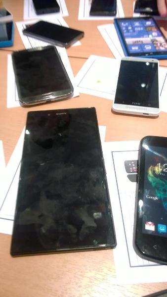 В Сети появилось фото, на котором изображены сразу три неанонсированных мобильных устройства: Sony Togari, HTC M4 и Nokia Lumia 1030