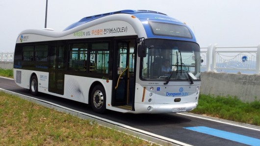 В Южной Корее появились электробусы с беспроводной зарядкой