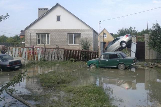 Восстановление связи после наводнения в Крымске