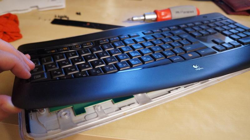 Вскрытие клавиатуры Logitech Illuminated K800